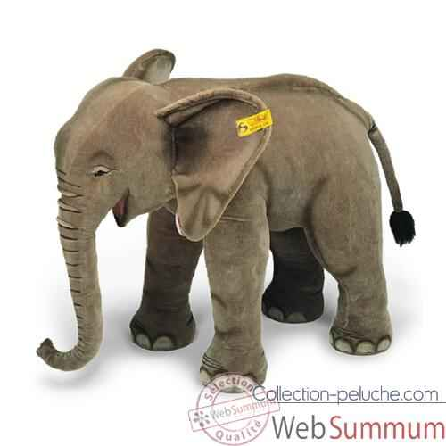 Video Peluche Steiff Elephanteau studio debout-500701